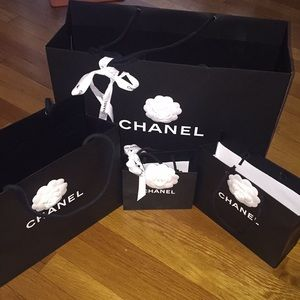 💯Chanel authentic paper shopping bags